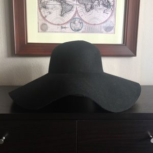 Women's Floppy Hat By Target